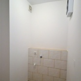 Abstellraum mit Waschmaschinen Anschluss
